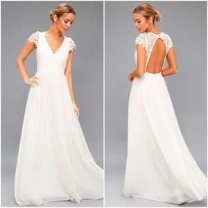 NWT Lulu's Florianna Lace Maxi Dress